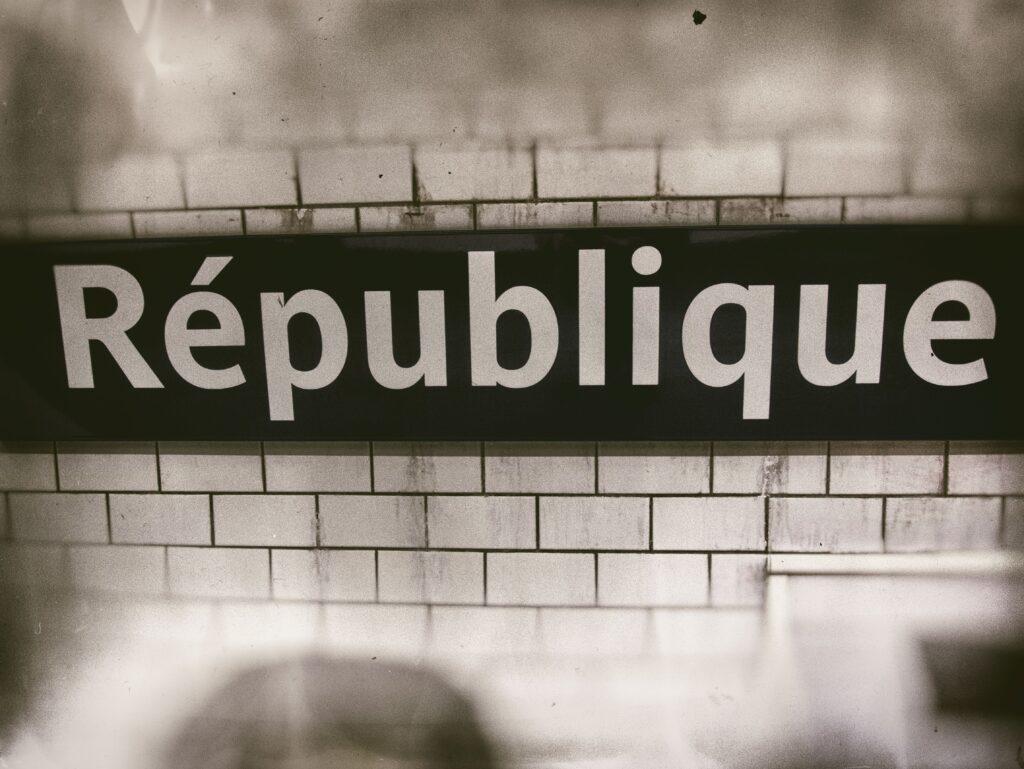 Ce séminaire gouvernemental sur la fiscalité que Macron et Philippe devraient organiser